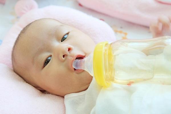 mild jaundice in newborns